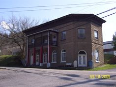 one of Cleveland Virginia's historical building/Old Bank building