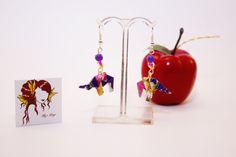 Boucles d'oreilles en origami en forme d'éléphant violet et jaune : Boucles d'oreille par mellerouge Origami, Violet, Drop Earrings, Etsy, Jewelry, Handmade Gifts, Ears, Yellow, Unique Jewelry