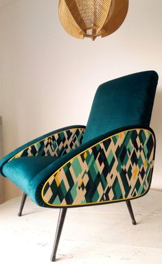Funky Furniture, Classic Furniture, Unique Furniture, Furniture Makeover, Furniture Design, Vintage Furniture, Furniture Decor, Reupholster Furniture, Furniture Upholstery