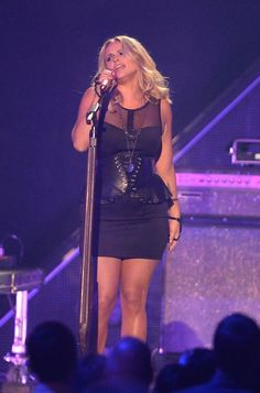 Miranda Lambert | GossipCenter - Entertainment News Leaders