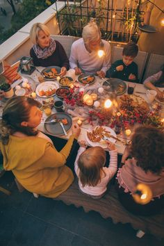 19 Family Games to Play This Thanksgiving (That Have Nothing to Do With Football)