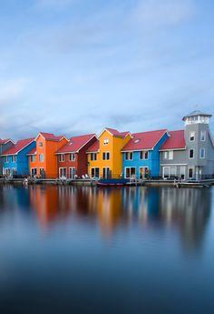 **Groningen, The Netherlands    Reitdiephaven een wereldhit op internet en gaat de hele wereld over--Dagblad v.h. Noorden-29-11-2014
