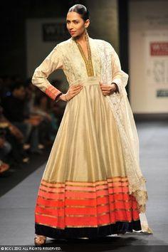 Manish Malhotra   Wills Lifestyle India Fashion Week 2012