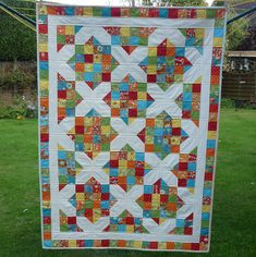 This is an easy to make yet impressive looking quilt. It is ideal for someone who has perhaps only made one or two quilts before and is looking to