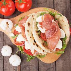 #Today we have #lunch on the #beach ... #Piadina with #ParmaHam #tomato and #mozzarella #Enjoy #emiliafoodlove #emiliafoodlovers www.emiliafood.love  #oggi #pranzo sulla #spiaggia ... #piadina con #ProsciuttoDiParma #pomodoro e mozzarella #BuonAppetito www.emiliafood.love #food #foodblog #foodblogger #foodgasm #foodlover #foodlovers #foodpics #photooftheday #italianfood #italianshop #italy #italiancuisine #love