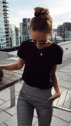 cd9cd6e25294 summer outfits Black Tee + Gingham Pants Check Trousers Outfit