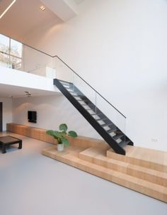 吹抜け Private Residence Randstad: Contemporary Residence with Minimalist Detailing Contemporary Architecture, Architecture Details, Interior Architecture, Contemporary Houses, Pavilion Architecture, Organic Architecture, Residential Architecture, Interior Design, Modern Staircase