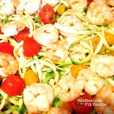 This 21 Day Fix Shrimp with Zoodles dinner (zucchini noodles) is a quick and healthy, low carb meal - perfect for those busy nights! Clean Eating Recipes, Lunch Recipes, Healthy Dinner Recipes, Healthy Eating, 21dayfix Recipes, Healthy Dishes, Healthy Foods, 21 Day Fix Diet, 21 Day Fix Meal Plan