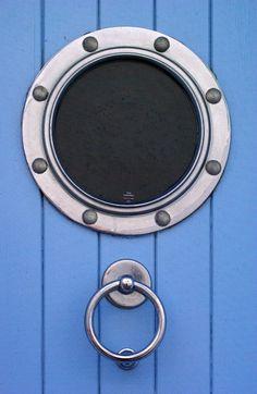 porthole blue door - love this colour
