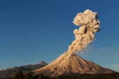 Lava + Ash + Lightning = the Perfect Volcano Photo | Colima Volcano, November 2015 | Credit: Sergio Tapiro | From Wired.com