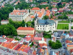 Czech and Slovak Grand tour Historical Architecture, Grand Tour, Travel Deals, Czech Republic, Tours, Mansions, House Styles, Places, European Countries