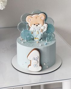 1st Birthday Cake For Girls, Baby Birthday Cakes, Baby Girl Cakes, Cookies For Kids, Baby Cookies, Buttercream Cake, Fondant Cakes, Gorgeous Cakes, Amazing Cakes