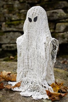 Ashbee Design: Wispy Ghosts • DIY Halloween Decoration