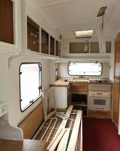 I've received a fair few emails from folk asking for tips on decorating a caravan recently. So here it is! The first instalment; decorating a caravan Part 1