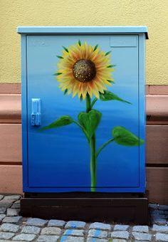 sunflower box 1 - graffiti fine art | Friedrich (BEN-TEN) Benzler Graffitti, Tattoo and Art