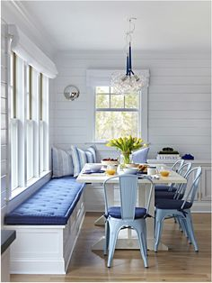 If you love all things shiplap, dutch doors, and stripes then this nautical beach house is for you! I've expressedmy love of dutch doors before in this Coastal Home post, and just like my l…