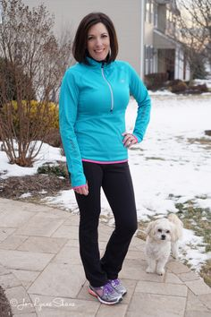 Casual running errand outfit or out for coffee outfit ~ yoga pants, fleece top