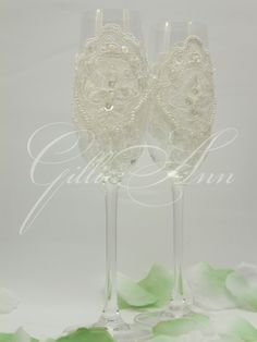 Свадебные бокалы Gilliann Lace Charm GLS110, http://www.wedstyle.su/katalog/anniversaries/svadebnye-bokaly/bokaly-ruchnoj/svadebnye-bokaly-so-strazami-gilliann-3940, http://www.wedstyle.su/katalog/anniversaries/svadebnye-bokaly, glasses swarovski, wedding glasses