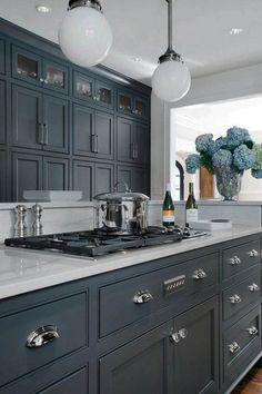 Supreme Kitchen Remodeling Choosing Your New Kitchen Countertops Ideas. Mind Blowing Kitchen Remodeling Choosing Your New Kitchen Countertops Ideas. Best Kitchen Countertops, Farmhouse Kitchen Cabinets, Kitchen Cabinet Design, Painting Kitchen Cabinets, Kitchen Paint, Kitchen Redo, New Kitchen, Kitchen Ideas, Kitchen Colors