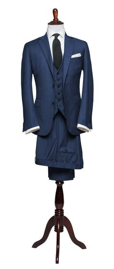 Articles of Style: Essential Light Navy