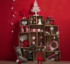 Simple Christmas display made with baskets - trying hanging them up on your wall with Command(TM) Wire Hooks!