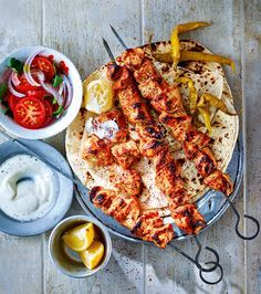 Turkish chicken shish Turkish Shish Kabob – Marinated meat, spices, sharp pickles and citrus, offset with a hint of smokiness… The chicken shish is hold-me-back good. Turkish Chicken Shish Kebab Recipe, Chicken Kebab Recipe Skewers, Turkish Recipes, Ethnic Recipes, Romanian Recipes, Scottish Recipes, Marinate Meat, Cocinas Kitchen, Kabobs