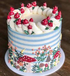 Pretty Birthday Cakes, Pretty Cakes, Cute Cakes, Beautiful Cakes, Amazing Cakes, Mushroom Cake, Cute Baking, Fall Cakes, Cute Desserts