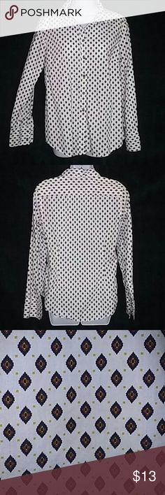 "Tommy Hilfiger White Long Sleeve Large Shirt Care instruction tag with fabric content has been removed. It is assumed to be 100% cotton. Armpit to armpit 21"". Length bottom collar 27.5"". Tommy Hilfiger Tops Button Down Shirts"