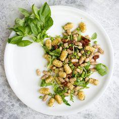 Vegan Gnocchi with Arugula Pesto