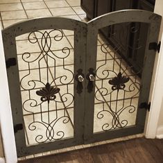 Two Hobby Lobby wall gates made into a dog gate – Diy Furniture Ideas Hobby Lobby Furniture, Diy Furniture, Bedroom Furniture, Baby Gates, Dog Gates, Child Gates, Pet Gate, Diy Dog Gate, Dog Rooms