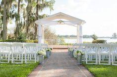 5 Affordable wedding venues in Central Florida | Rustic Folk Weddings. Cypress Grove Estate