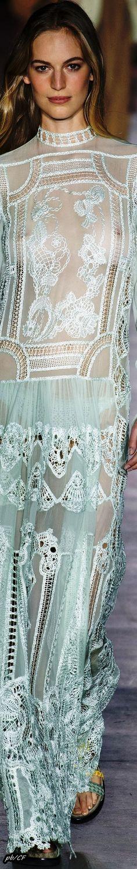 Albert Ferretti 2019 ❤️ Fashion Models, Fashion Show, Fashion Outfits, Womens Fashion, Celebrities Fashion, Retro Lingerie, Italian Fashion Designers, Glamour, Alberta Ferretti