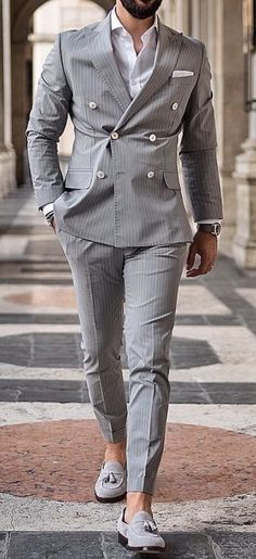 Black Tuxedo, Black Suits, Gray Suits, Black Suit Wedding, Wedding Suits, Double Breasted Pinstripe Suit, Black Sport Coat, Classy Suits, Men With Street Style