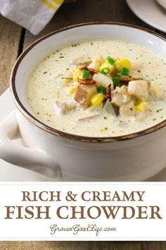 Creamy New England Fish Chowder This rich and creamy fish chowder uses simple ingredients and tastes like restaurant quality. Chowder Recipes, Soup Recipes, Cooking Recipes, Healthy Recipes, Cooking Fish, Recipies, Delicious Recipes, Fish Recipes, Seafood Recipes