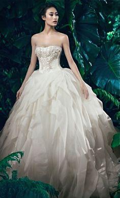 3ba3357883af 25 Best Vera Wang Gowns images | Bridal gowns, Engagement, Bride dresses
