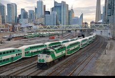 RailPictures.Net Photo: GOT 559 GO Transit (Greater Toronto Transit Authority) EMD F59PH at Toronto, Ontario, Canada by Michael Berry