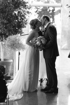 Arboles en ceremonia  Read More: http://www.stylemepretty.com/canada-weddings/2014/07/22/romantic-vintage-inspired-wedding/