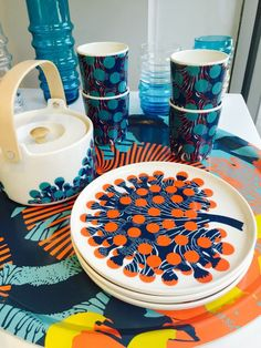 "The new ""merivuokko"" or ""sea anenome"" print from Marimekko is inspired from a… Vintage Kitchenware, Swedish Design, Modern Ceramics, Household Items, Scandinavian Design, Textile Design, Ceramic Art, Surface Design, Dinnerware"