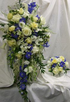Bride's shower bouquet in blue, lemon and ivory