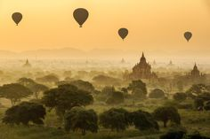 Hot Air Balloons Over Bagan by Marcelo Castro on 500px