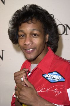 DJ Quik & his feather hairstyle!