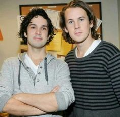 Bård and Vegard Ylvisåker Ylvis, Two Brothers, Eye Candy, Crushes, Polo Ralph Lauren, Stupid, Mens Tops, Fox, Hoodie