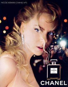 Nicole Kidman perfume Chanel n° 5 Chanel No 5, Chanel Nicole, Coco Chanel, Chanel Style, Chanel Dress, Nicole Kidman, Perfume Chanel, Perfume Ad, Glamour