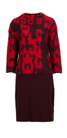 Statement knitwear: #LuisaCerano dress  #ParndorfMustHave Your Perfect, Get The Look, Must Haves, Christmas Sweaters, Knitwear, Latest Trends, Autumn Fashion, Coat, Dresses