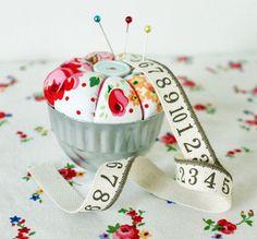 Pin Cushion Tart $12 - how cute is this???