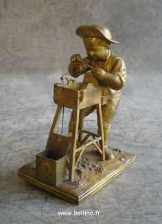 Réparation du rémouleur de Charles Menne en bronze http://www.bellino.fr/blog/?p=865