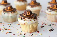Pilgrim Hat Cupcakes