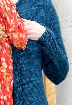 Ravelry: Cabletta Cardigan pattern by Hanna Maciejewska