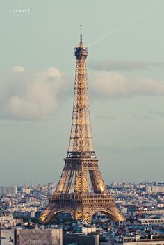 La Tour Eiffel Paris, France, I loved going here with my sister Elizabeth Fisher and my cousin Sue Dikeman.