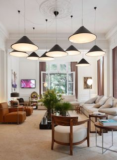 Living Room With Multiple Pendant Lighting With One Ceiling Medallion : Ceiling Medallions With Pendant Lighting